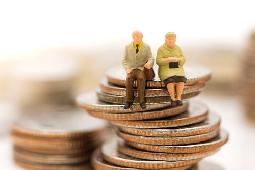 株式譲渡における退職金支給/金銭配当・現物配当の有利・不利判定